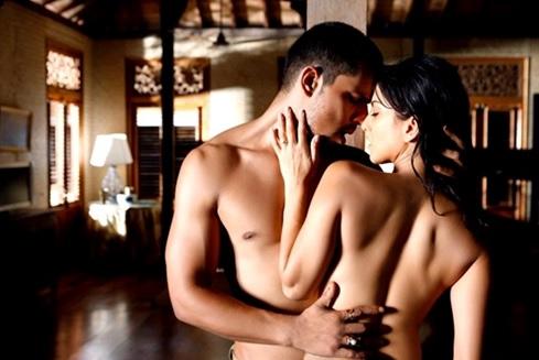 """Bí mật """"yêu"""" khiến nàng sung sướng tột đỉnh"""
