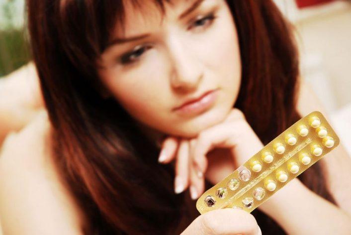 Thuốc tránh thai hàng ngày có những ưu điểm và nhược điểm riêng