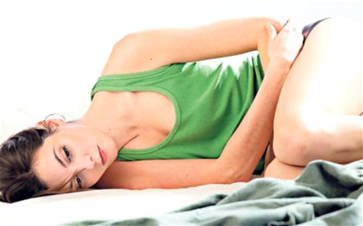 Đau bụng dưới chậm kinh