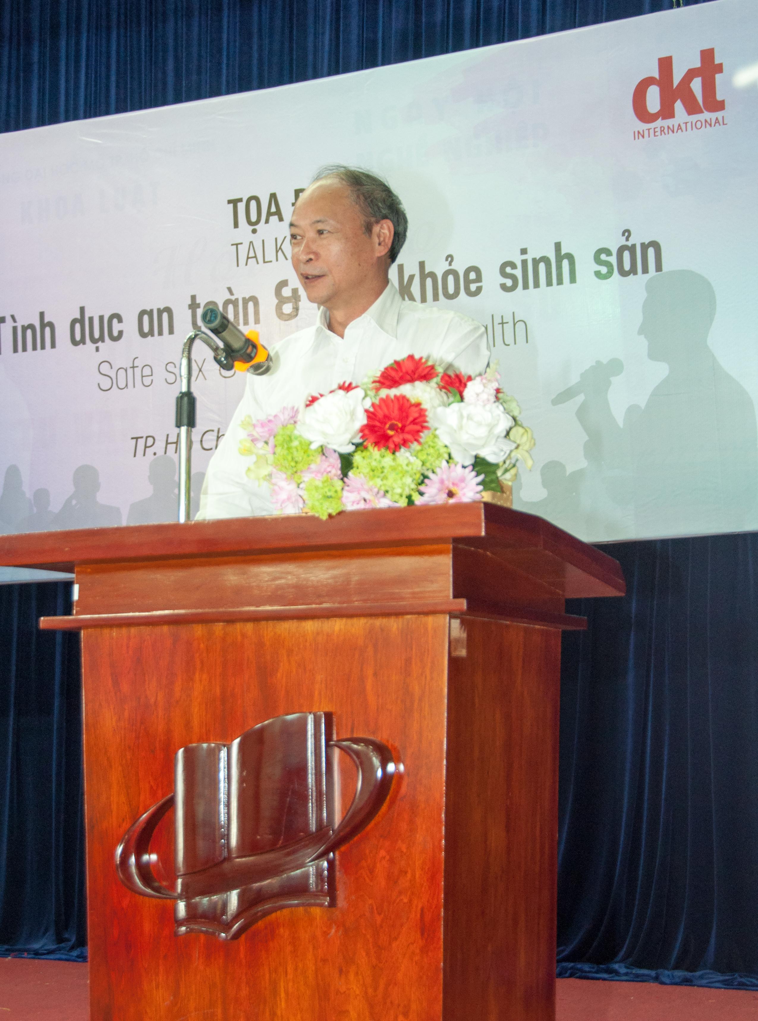 Ông Nguyễn Văn Tân - phó cục trưởng tổng cục dân số Việt Nam