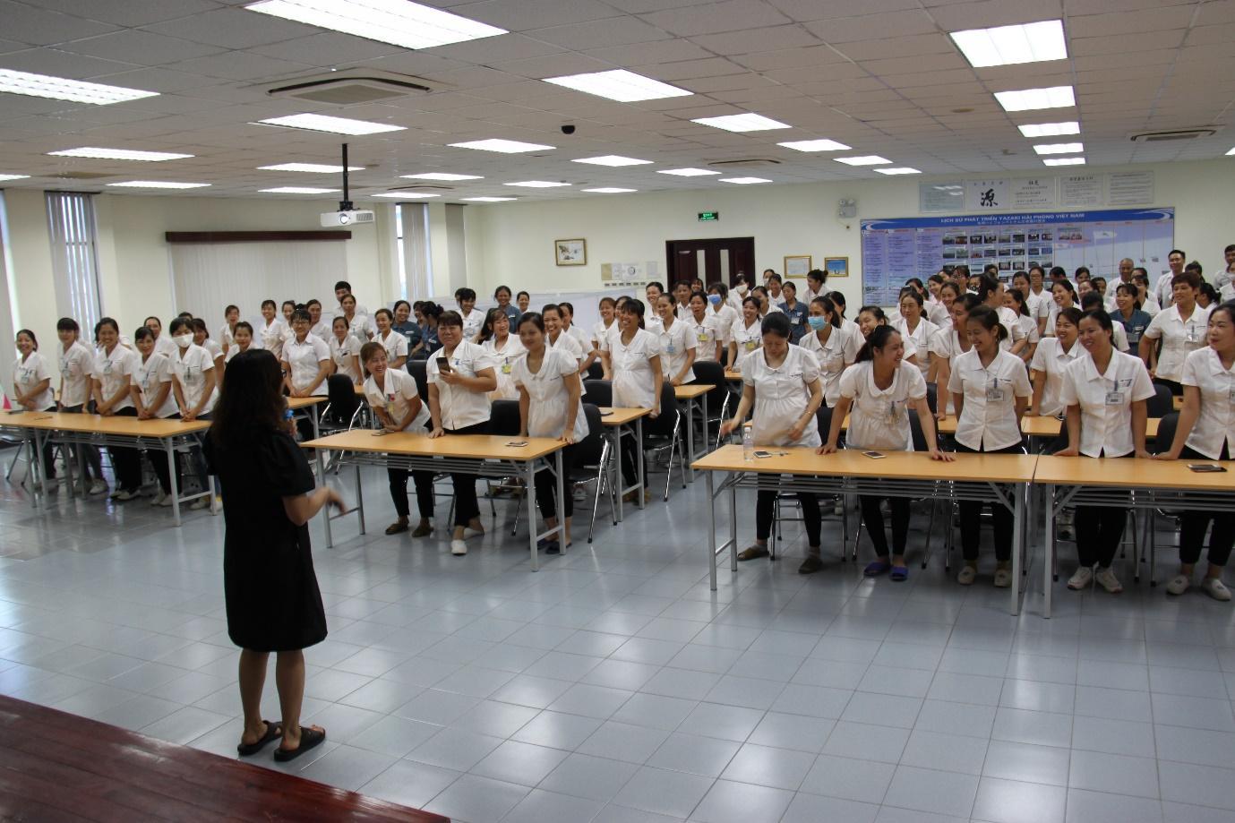 """Dự kiến có ít nhất 3.000 người lao động được trang bị thêm kiến thức về chăm sóc sức khỏe trong giai đoạn 4, dự án """"Vì mẹ và bé – Vì tầm vóc Việt""""."""