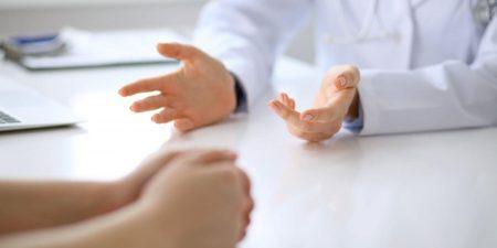 Trước khi đặt vòng tránh thai, bạn nên gặp bác sĩ để được tư vấn cụ thể.