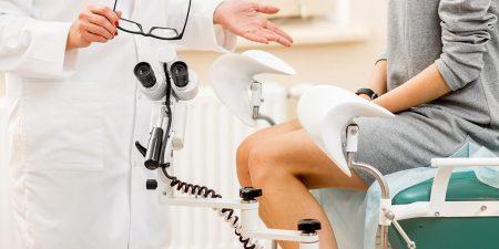 Đi khám ngay khi có dấu hiệu viêm ống dẫn trứng để điều trị kịp thời