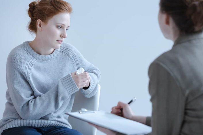 Trước khi phá thai bạn phải tìm đến bác sĩ để được tư vấn tốt nhất