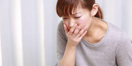 Buồn nôn, mệt mỏi, chóng mặt, sốt,... là triệu chứng của viêm ống dẫn trứng cấp tính